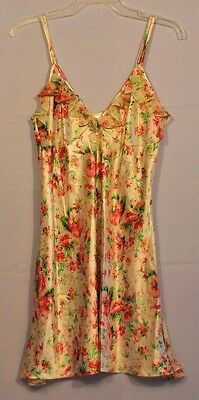 Enchanting SIZE MEDIUM  LADIES LINGERIE/ ROBE AND GOWN SLEEPWEAR Apple Blossom