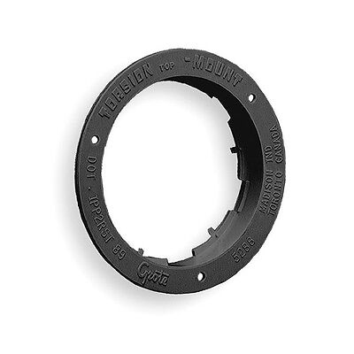 92512 Flange, Polycarbonate, 5 9/16 In