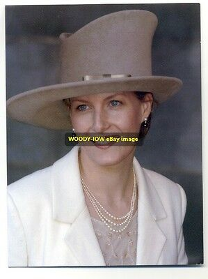 q922 - Sophie , Countess of Wessex in 2002 - Royalty postcard