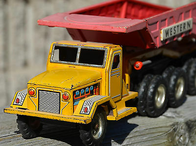 Vintage ALPS Made in Japan TIN PRESSED Construction DUMP TRUCK Western WORKS