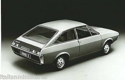 Renault 15 Original Black and White Press Photograph Mint Condition Rear View