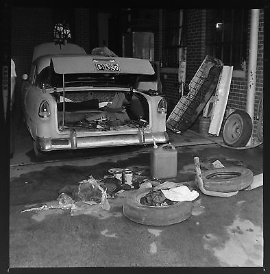 CI3525B Press Photo '66 Original 2X2 Negative Crime Scene Vtg Car Police Station