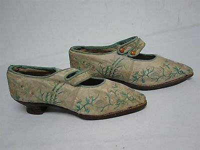 Antique Chinese Womens Lotus Bound Foot Embroidered Silk Shoes