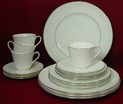 ROYAL DOULTON china AMULET H4998 pattern 20-pc SET SERVICE for FOUR (4)