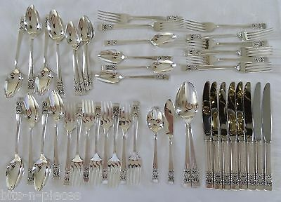 Community Silverplate CORONATION Service for 8  44 pieces  includes 4 serving pc