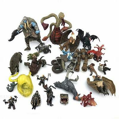 Lot 10 NO Stand Base Dungeons & Dragons Pathfinder 2015 D&D miniatures game M252