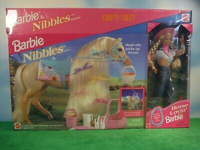 Barbie & Nibbles Horse Gift Set  *new*