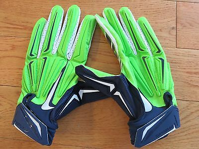 Marshawn Lynch game used gloves coa + Proof! Seahawks game worn 2014 Super Bowl