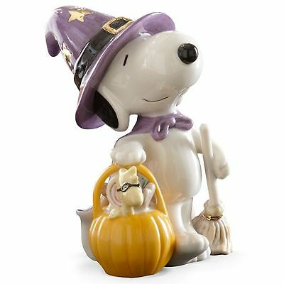 Lenox Peanuts Snoopy Bewitching Treats Halloween Figurine MSRP $84 New COA