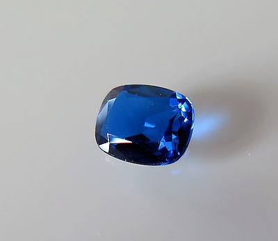 SOMPTUEUX SAPHIR VERNEUIL CORNFLOWER BLUE 8X10mm ..3cts...IF
