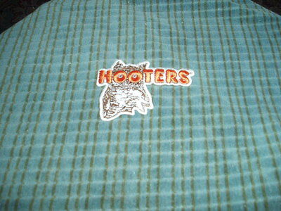 "Vintage HOOTERS Restaurant OWL PATCH Sew On 3"" Patch Cute !"