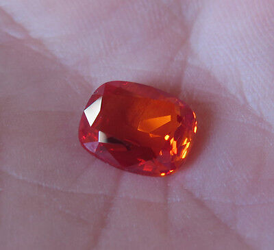 SAPHIR VERNEUIL MANDARINE COUSSIN 8 X 10 mm..3,30cts..IF...qualité joaillerie