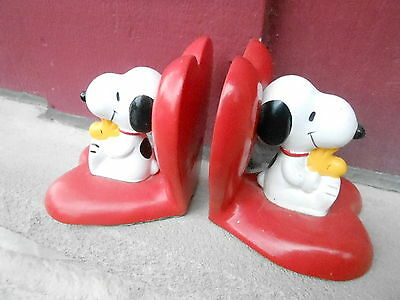 Vintage 1970s PEANUTS SNOOPY figural Chalkware BOOK ENDS JAPAN (NBS5)