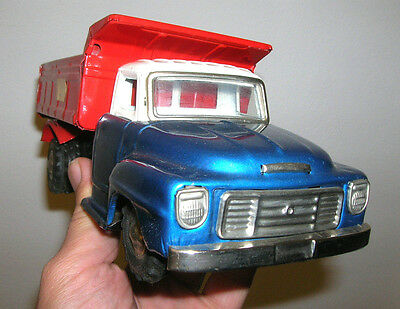 VINTAGE ATC Tintoy - ISUZU Tipper Truck - Made in Japan - 60er/70er Jahre