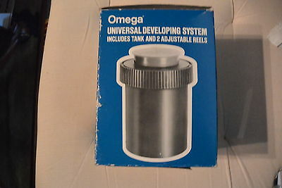 Omega Universal Film Developing Tank With 2 Adjustable Reel