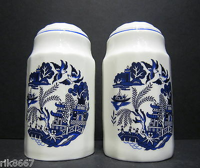 Willow Pattern English Fine Bone China Salt and Pepper By Milton China (PRINT A)