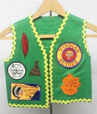 YMCA Young Indian Guides Green Felt Vest, Kansas City, 13 Patches - child's size