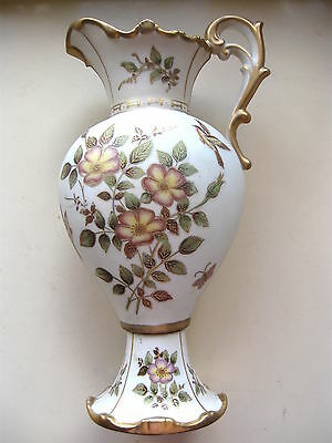 BEAUTIFUL ANTIQUE TALL VICTORIAN URN PITCHER VASE Perfect