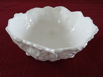 COALPORT bone china  Small 3 Footed Bowl White COUNTRYWARE