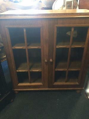 Antique Style Solid Oak Bookcase With Two Shelves & Glass Front Doors