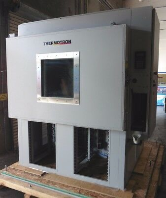C131752 Thermotron S25 / ESS-25-H-10 Environmental Test Chamber