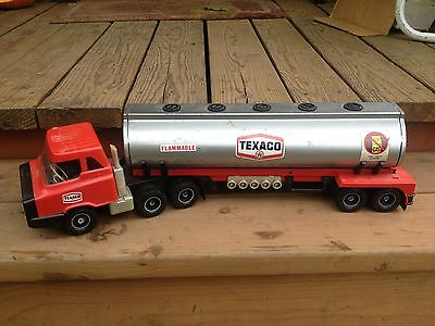 1960's TEXACO GASOLINE GAS TANKER SEMI TRUCK TOY Made in USA by Republic Tool