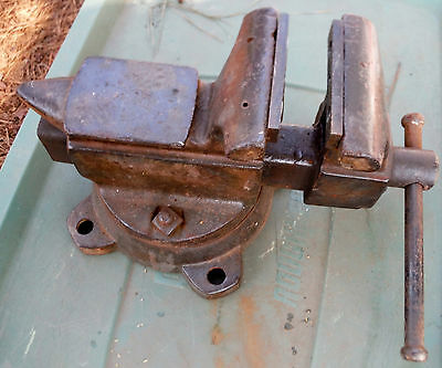 """Vintage Wilton Mechanic Vise heavy duty  USA - 35# - 5"""" jaws (30% discounted)"""