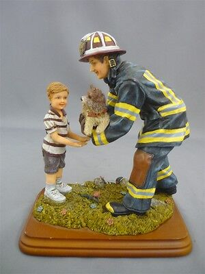 "VANMARK Red Hats Of Courage ""Ruff Rescue"" Fireman Firefighter Figurine"