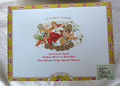 La Gloria Cubana Churchill Paper Covered Wood Cigar Box - Graphics - Cigar Size