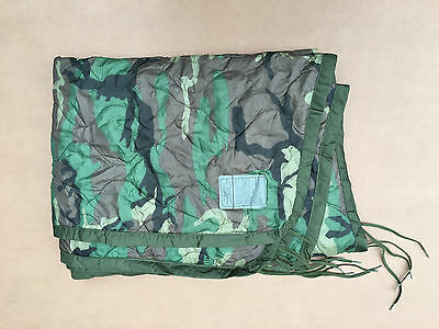 Original US Poncho Liner Woodland Wet Weather Army Steppdecke