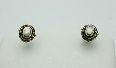 Sterling Silver .925 Small Bead Round Mother of Pearl Stud Earrings 1.1g J121