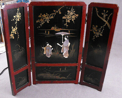 Vintage Japanese Tabletop Screen Inlay Mother Of Pearl Jappaned