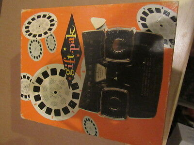 View Master vintage gift pak includes:  Lone Ranger, Massachusetts, Smithsonian