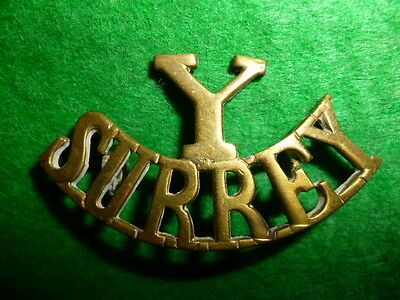 The Y/Surrey Yeomanry Brass Shoulder Title Badge, Westlake 319