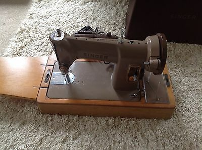 Singer Sewing Machine Heritage Old