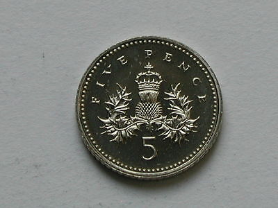 UK (Great Britain) 1994 5 PENCE (5p) Queen Elizabeth II Coin UNC (from mint set)
