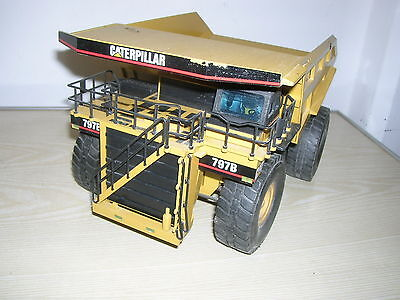 Großer NZG Caterpillar 797 Muldenkipper Modell 466 in 1:50