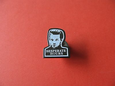 Vintage DESPERATE HOURS Film pin badge. VGC