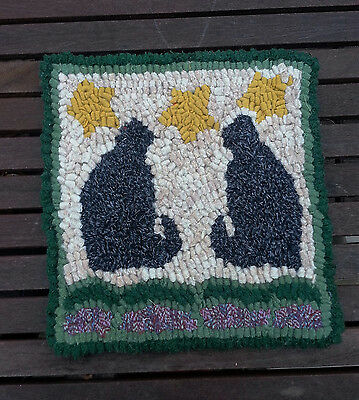 TWO BLACK  CATS Beginner Rug Hooking KIT WITH #8 CUT WOOL STRIPS