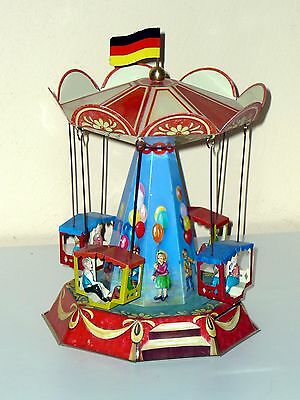 Blechspielzeug   KIRMES-KARUSSELL mit GONDELN °° Made in Germany