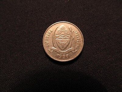 1998 Botswana Coin - 10 Thebe Coin From Botswana In This Lot