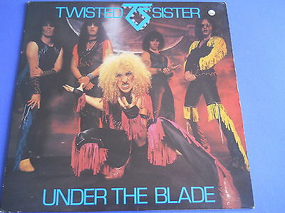Metal Twisted Sisters - Under The Blade