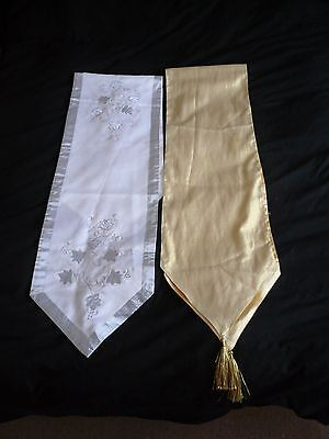 2 Vintage Christmas Table Runner Gold & Silver
