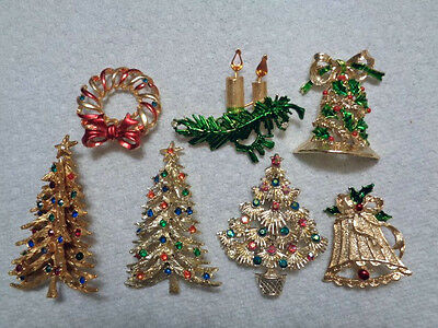 Christmas Brooches And Pins.Assorted Lot Of 7 Vintage Christmas Pins Brooches