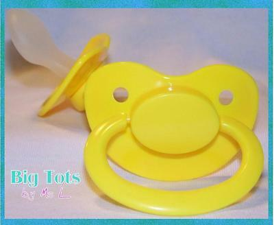 Adult Baby *SALE* Large silicone pacifier/dummy (NUK 6 ?) YELLOW * Big Tots*
