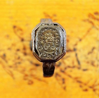 Medievil Viking Period ring with seal