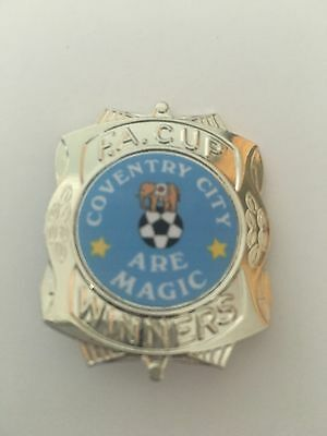 Coventry City  FA CUP WINNERS FOOTBALL INSERT BADGE *FREE POST*