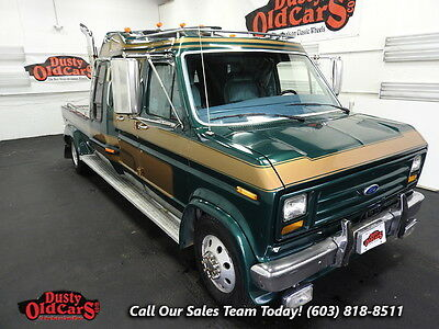 1988 Ford F-350 Great for Tow 460V8 Heavy Duty Suspen Sleeper Cab 1988 Green Great for Tow 460V8 Heavy Duty Suspen Sleeper Cab!