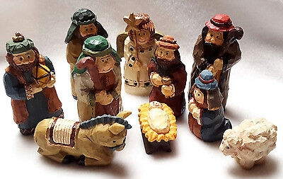 Nativity Set Figures Resin Simulated Carved Wood Cute Chunky Shape Painted 4""