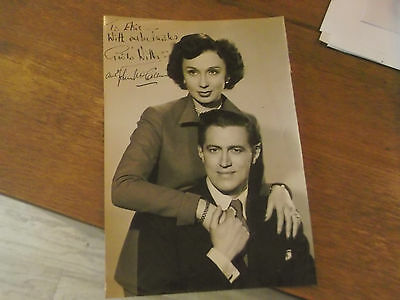VINTAGE PHOTOGRAPH HAND SIGNED BY GOOGIE WITHERS AND JOHN McCALLUM